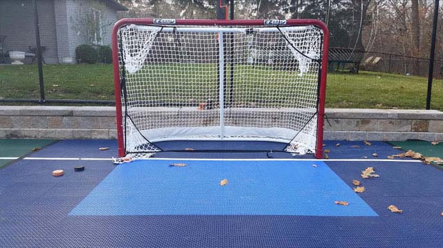 Outdoor Inline Hockey