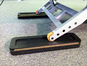 Treadmill isolation mounts